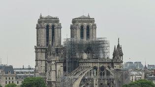 Notre-Dame de Paris, le 16 avril 2019, au lendemain de l'incendie. (BERTRAND GUAY / AFP)