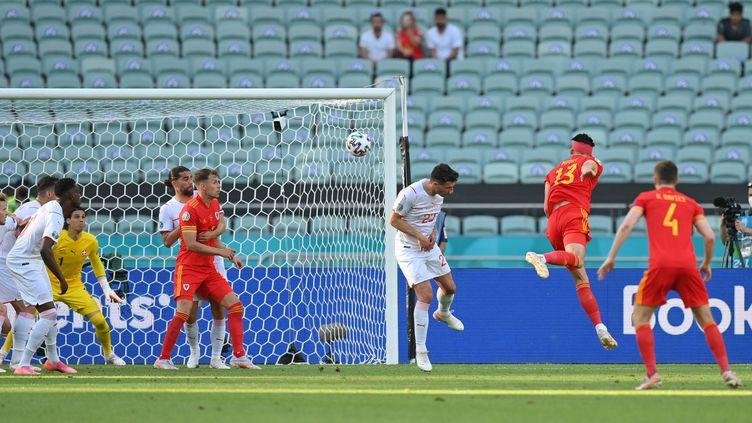 L'attaquant Kieffer Moore a marqué le but de l'égalisation face à la Suisse ce samedi 12 juin.  (DAN MULLAN / POOL)