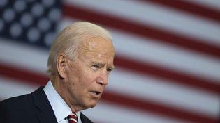 Joe Biden, lors d'une table ronde avec des vétérans à Tampa, en Floride (Etats-Unis), le 15 septembre 2020. (JIM WATSON / AFP)