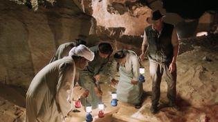 Une chaîne américaine a diffusé en direct l'ouverture d'un sarcophage égyptien vieux de 2 500 ans. (FRANCE 2)