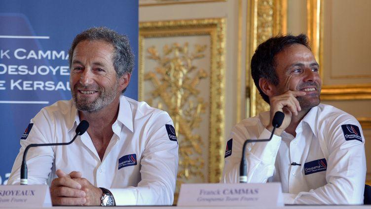 Michel Desjoyeaux et Franck Cammas, les piliers de Team France (MIGUEL MEDINA / AFP)