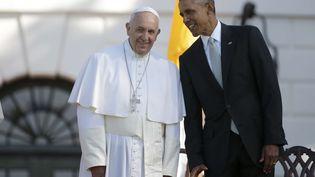 Le pape François sur la pelouse de la Maison Blanche à Washington, le 23 septembre 2015. (PABLO MARTINEZ MONSIVAIS / AP/ SIPA )