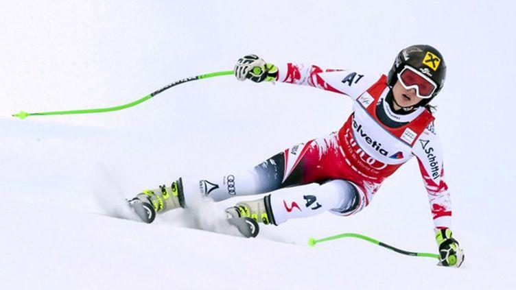 L'Autrichienne Anna Fenninger à l'attaque (GUENTER SCHIFFMANN / AFP)