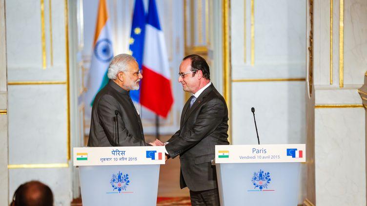 Le Premier ministre indien Narendra Modi et François Hollande, vendredi 10 avril 2015 au Palais de l'Elysée. (JALLAL SEDDIKI / CITIZENSIDE.COM / AFP)