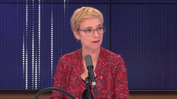 Clémentine Autain, députée LFI, était l'invitée de franceinfo jeudi 22 octobre. (FRANCEINFO / RADIOFRANCE)