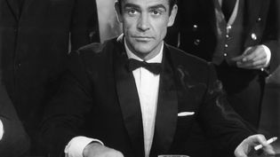 """Sean Connery dans """"James Bond contre Dr No"""" (EON PRODUCTIONS)"""