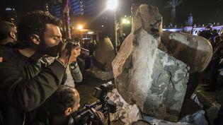 La statue découverte en Egypte le 9 février 2017 devant le musée du Caire, le 16 mars 2017