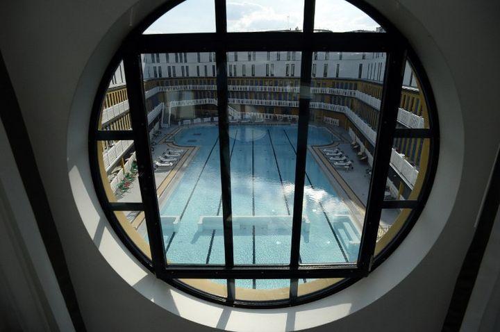 Le bassin d'été vu depuis une des 124 chambres de l'hôtel 5 étoiles  (Franck Fife / AFP)
