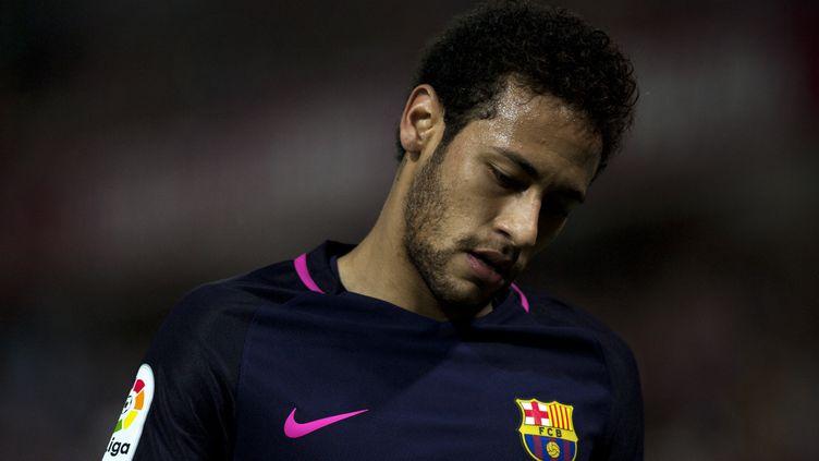 L'attaquant du FC Barcelone, Neymar (JORGE GUERRERO / AFP)
