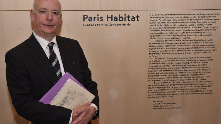 Stéphane Dambrine, le directeur général de Paris Habitat, le 11 février 2015 à Paris, lors d'une exposition au Pavillon de l'Arsenal. (CITIZENSIDE/ SAAD AAS / AFP)