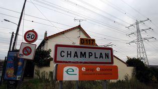 L'entrée de la commune de Champlan (Essonne), le 12 novembre 2008. (MAXPPP)