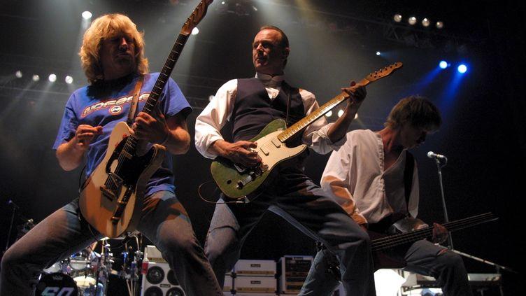 Concert de Status Quo à la Foire aux vins de Colmar, le 12 août 2001. (MATHIEU LERCH / MAXPPP)