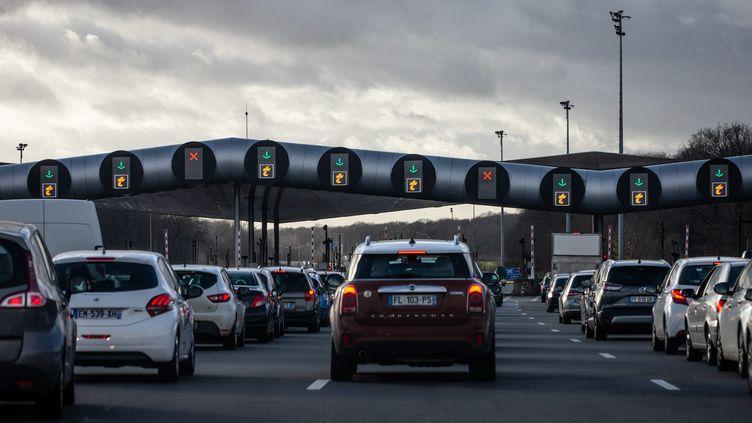 Le péage de Saint-Arnoult (Yvelines) sur l'autoroute A 10, le 22 décembre 2019. (MAXPPP)