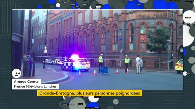 Une attaque au couteau à Reading (Royaume-Uni) (FRANCEINFO)