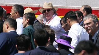 L'acteur Gérard Depardieu assiste à la parade militaire à Pyongyang (Corée du Nord), le 9 septembre 2018. (SEBASTIEN BERGER / AFP)