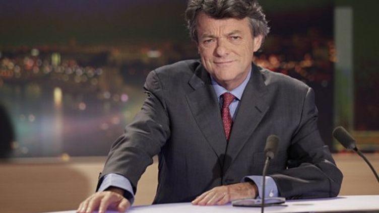 Jean-Louis Borloo sur TF1 dimanche 2 octobre 2011 (THOMAS SAMSON / AFP)