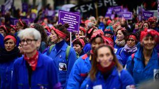 Manifestation pour la Journée internationale des droits des femmes à Paris, le 8 mars 2020. (MARTIN BUREAU / AFP)