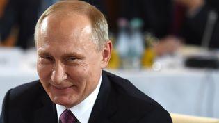 Pour Guy Birenbaum, c'est sûr : Vladimir Poutine va s'intéresser à la primaire de la gauche (STEPHANE DE SAKUTIN / AFP)