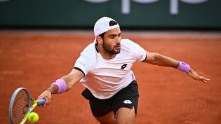Matteo Berrettini lors de Roland-Garros 2021. (ANNE-CHRISTINE POUJOULAT / AFP)