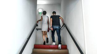 Les associations estiment que 6 000 à 10 000 adolescents sont concernés en France. (CLEMENTZ MICHEL / MAXPPP)
