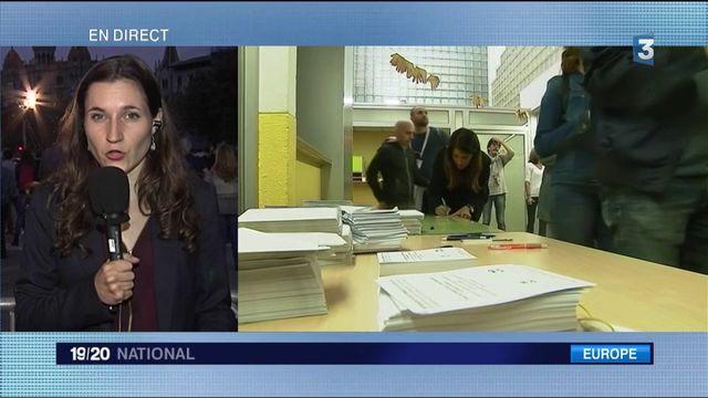 Référendum en Catalogne : la participation reste forte avant la fin du vote