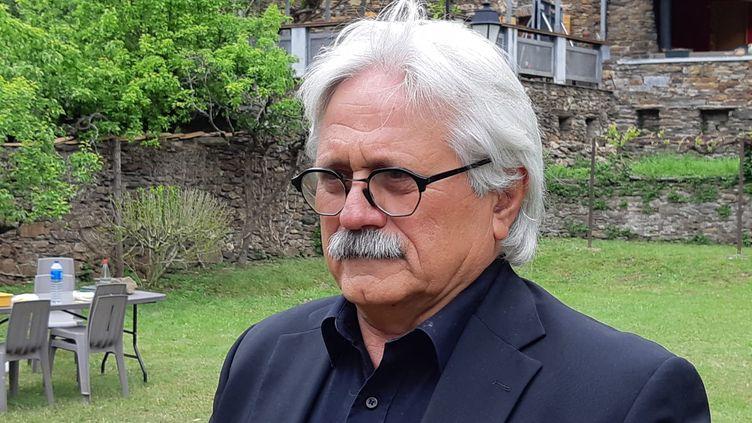Bernard Mounier, le maire des Plantiers, dans les Cévennes. (GRÉGORY JULLIAN / FRANCE-BLEU GARD LOZÈRE)
