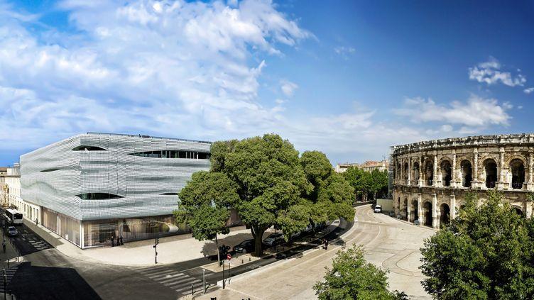 Le musée de la romanité et les arènes de Nîmes. (Office de tourisme de Nîmes)