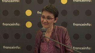 Nathalie Arthaud, tête de liste de Lutte ouvrière pour les élections européennes du 26 mai, était l'invitée de franceinfo jeudi 23 mai 2019. (FRANCEINFO)
