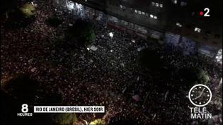 Les manifestants, défilants au Brésil. (France 2)