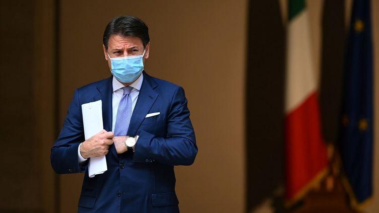 Giuseppe Conte, le chef du gouvernement italien, à Rome, le 25 octobre 2020. (VINCENZO PINTO / AFP)