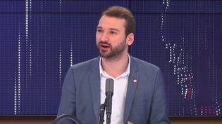 Le député La France insoumise du Nord, Ugo Bernalicis, samedi 6 février 2021 sur franceinfo. (FRANCEINFO / RADIOFRANCE)