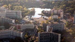 Le quartier de la Reynerie à Toulouse (Haute-Garonne), photographié le 27 octobre 2014. (MAXPPP)