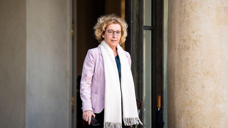 La ministre du Travail, Muriel Pénicaud, quitte l'Elysée le 29 février 2020. (XOSE BOUZAS / HANS LUCAS / AFP)