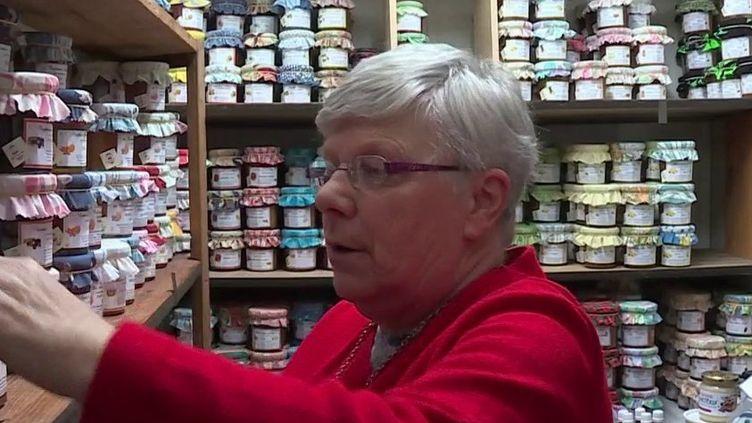 """Téléthon : la """"Mamie confiture"""" de l'événement s'est adaptée pour récolter des dons (France 3)"""