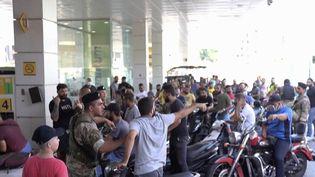 Liban : le pays s'enfonce dans la crise économique. (FRANCEINFO)