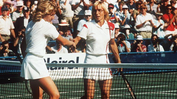 Martina Navratilova serre la main de Steffi Graf (US Open 1986) (PROBST / DPA)