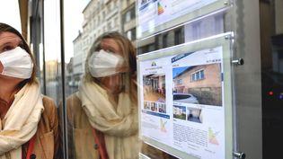 L'immobilier repart à la hausse, mais toutes les catégories sociales ne peuvent pas facilement emprunter (photo d'illustration) (MAXPPP)