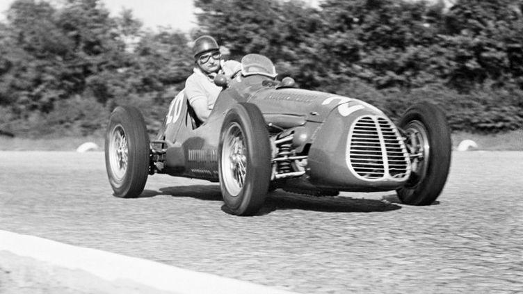 José Froilian Gonzalez était le premier pilote à remporter une course de Formule 1 pour Ferrari en 1951. (INTERCONTINENTALE)