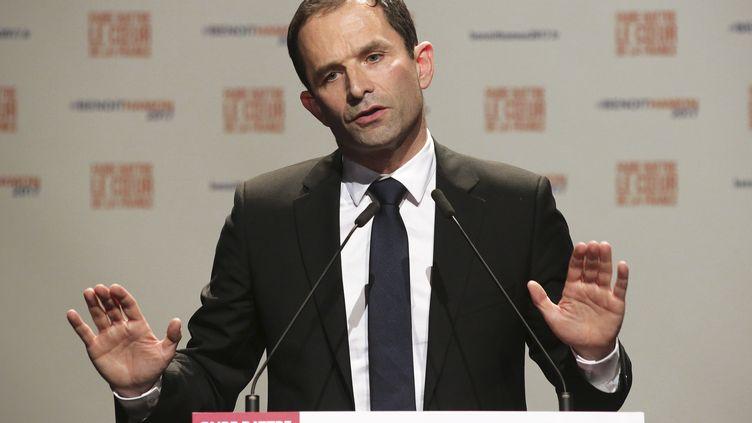 Benoît Hamon, le 9 février 2017, à Guéret (Creuse), lors d'un déplacement de campagne. (PASCAL LACHENAUD / AFP)
