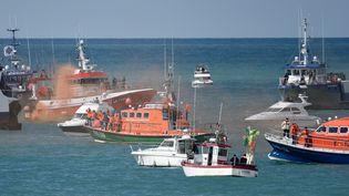 L'hommage des sauveteurs de la SNSM le 10 juin 2019 aux Sables-d'Olonne (Vendée). (SEBASTIEN SALOM-GOMIS / AFP)