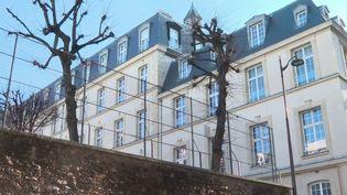 Paris : le directeur d'un lycée privé accusé d'agression sexuelle sur un élève (FRANCE 3)
