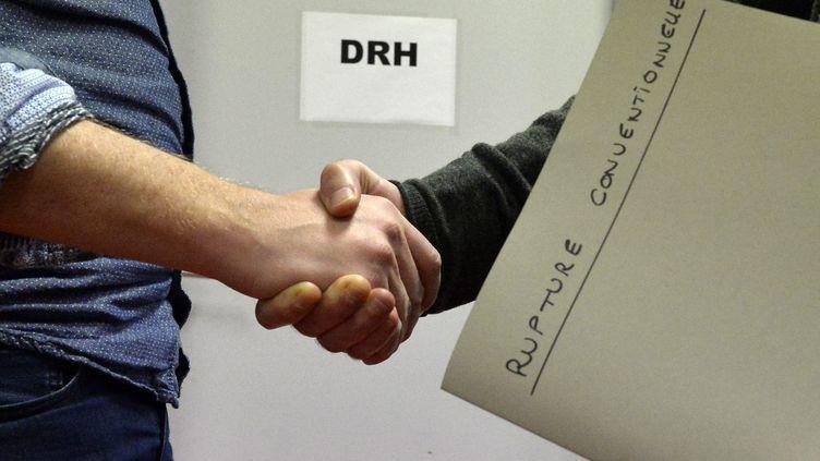 Une rupture conventionnelle de contrat. Photo d'illustration. (MAXPPP)