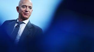 """La fortune du PDG d'Amazon, Jeff Bezos, a bondi de 30% entre les mois de mars et mai, selon un rapport publié par le magazine """"Forbes"""". (MANDEL NGAN / AFP)"""