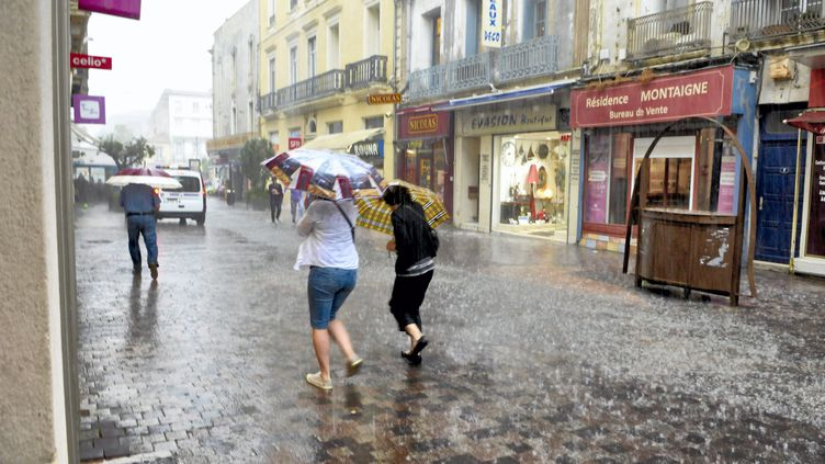 Sète (Hérault) a été touchée par de violents orages, vendredi 12 juin 2015. (  MAXPPP)