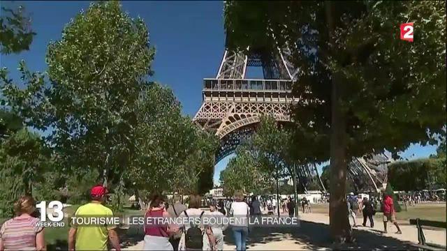 Économie: baisse de la fréquentation touristique en France