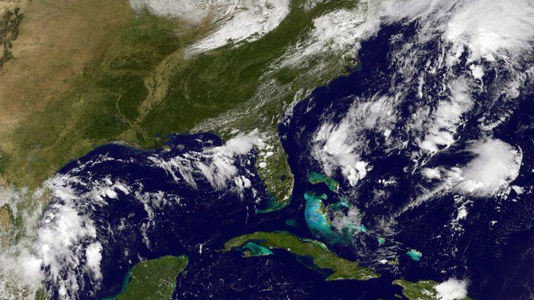 Carte satellite centrée sur les Antilles, réalisée le 28 septembre 2016, quimontre l'arrivée de la tempête tropicale Matthew. (NOAA-NASA GOES PROJECT / AFP)