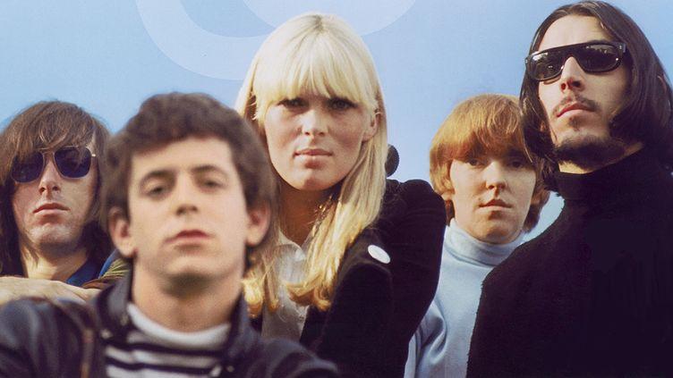 Le Velvet Underground et Nico (au centre) dans les années 60.  (Philharmonie de Paris)
