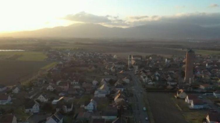 Le village d'Ungersheim (Haut-Rhin) se veut le plus écologique de France. En mars prochain, le maire briguera un sixième mandat. (FRANCE 3)