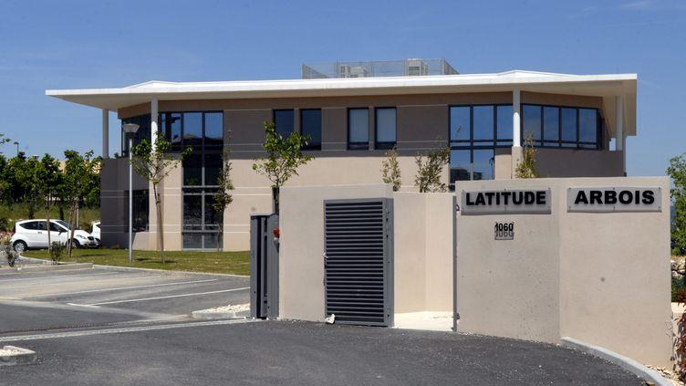 Vue de l'entrée des locaux de la société Apollonia, au centre d'une vaste escroquerie à l'immobilier, à Aix-en-Provence (Bouches-du-Rhône). (EDOUARD COULOT / MAXPPP)