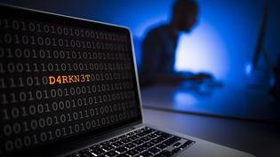 """Les polices américaine et européennes ont annoncé avoir fermé deux importants sitesdu """"dark web"""", le 20 juillet 2017. (PHOTOTHEK / GETTY IMAGES)"""